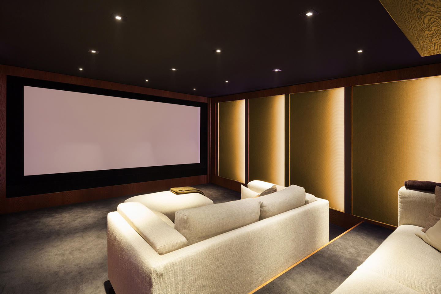 Home Theater Seating - Enjoys Your Films in The Comfort Of Your Own Home